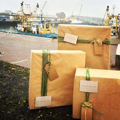 Haagse Pakketjes gesignaleerd in de haven van Scheveningen! Is jou Kerstpakket al besteld?