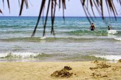 LILLA VILLA VITA Kreta Waves, Beach, Outdoor, Crete, Outdoors, The Beach, Beaches, Ocean Waves, Outdoor Games