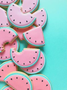 Popular Baby shower Decorations, Baby Shower Invitations, Baby Shower Favors, Baby shower Games, Gender Reveal Party Decorations and Supplies Watermelon Sugar Cookies, Watermelon Baby, Mint Wallpaper, Food Wallpaper, Walpaper Iphone, Iphone Wallpaper, Macarons, Baby Shower Favors, Color Mixing