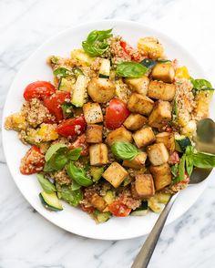 Mediterranean+Quinoa+with+Crispy+Tofu+|+vegan