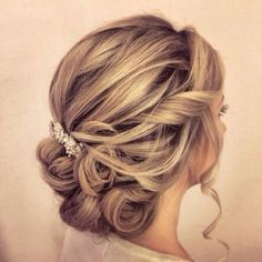updo wedding hairstyle; via Websalon Weddings #weddinghairstyles