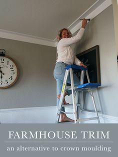 Farmhouse Trim, Farmhouse Style, Farmhouse Decor, Modern Farmhouse, Farmhouse Plans, Diy Crown Molding, Crown Molding Modern, Crown Molding Styles, Molding Ideas