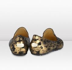 Jimmy Choo - Wheel - 132wheelblmcl - Black and Gold Metallic Cracked Leather Slippers - Wheel is the perfect modern slipper that effortlessly combines boyish cool with urban glamour. The metallic cracked leather used on this pair gives them a futuristic twist.