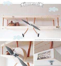 Win plane wall shelf - Ideas For Diy Kids Bedroom Boys, Baby Bedroom, Baby Boy Rooms, Baby Room Decor, Nursery Room, Baby Room Art, Airplane Nursery, Ideas Hogar, Kids Room Design