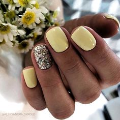 In recent years, the popularity of gel nail designs have been increasing. We all know that gel nails are better than acrylic nails because they have little space for improvement. If used as primers, they can help fix real nails. If you like Gel nail Summer Gel Nails, Short Gel Nails, Cute Summer Nails, Cute Nails, My Nails, Fall Nails, Winter Nails, Spring Nails, Pretty Nails