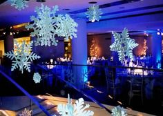 Christmas wedding decoration ideas - love the snowflakes hanging from the ceiling!!!