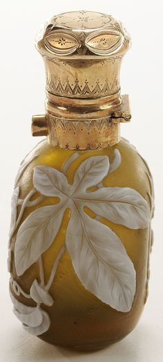 Brunk Auctions - Extremely Rare Thomas Webb & Sons Cameo Glass Perfume Bottle