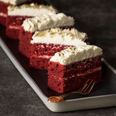 Bake the cake in a swissroll pan. Cut it in half lengthways and sandwich the halves together. Cut sandwiched cake into portions and decorate the tops. The gold dust is available at baking shops. No Bake Desserts, Delicious Desserts, South African Dishes, Red Velvet Recipes, Velvet Cream, Sandwich Cake, Let Them Eat Cake, Cake Recipes, Sweet Treats
