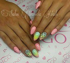 by Dominika z Marcela Nails! Find more inspiration at www.indigo-nails.com #nailart #nails #indigo #ombre #green #black
