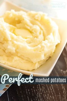 These mashed potatoes truly are perfect. They are light and fluffy and buttery,… These mashed potatoes truly are perfect. They are light and fluffy and buttery, and the perfect side dish for turkey and gravy or roasted beef or pork. Russet Potato Recipes, Perfect Mashed Potatoes, Homemade Mashed Potatoes, Easy Potato Recipes, Mashed Potato Recipes, Side Dish Recipes, Cheesy Potatoes, Baked Potatoes, Recife