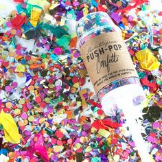 Love this fun push-pop confetti! Inside is a mix of hand cut paper shapes and metallic foil shape confetti. Best of all the container is reusable and food safe (so go ahead and make and eat that push-up pop later!).
