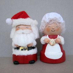 Santa and Mrs. Claus Flowerpot Bell Ornaments