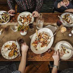 Dinner For One Silvester Deko - Dinner Thanksgiving Dinner Menu, Vegan Thanksgiving, Thanksgiving Poems, Thanksgiving History, November Thanksgiving, Friends Thanksgiving, Thanksgiving Sides, Holiday Dinner, Dinner For One