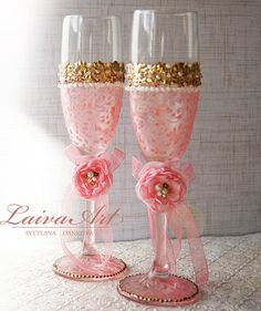 Pink and Gold Wedding Champagne Glasses Wedding di LaivaArt