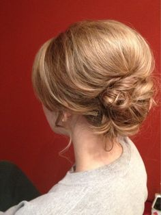 Messy low bun with a lot of volume (big bump)