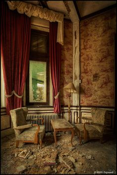 Moth Castle RM by Martino ~ NL, via Flickr