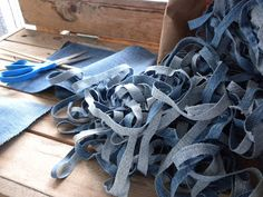 I have been inspired by the idea of recycling denim jeans for many years. When I was weaving full time I trimmed out mountains of blue j. Jean Crafts, Denim Crafts, Diy Crafts Rugs, Cut Up Jeans, Denim Rug, Denim Jeans, Scrap Yarn Crochet, Homemade Rugs, Rag Rug Tutorial