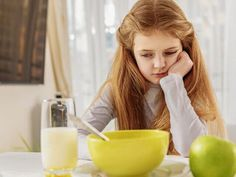 10 Μυστικά και Κόλπα για να Αποκτήσετε Πανέμορφα Φρύδια σε ελάχιστο Χρόνο. Δώστε Βάση στο 7ο!!!-ΦΩΤΟ Glass Of Milk