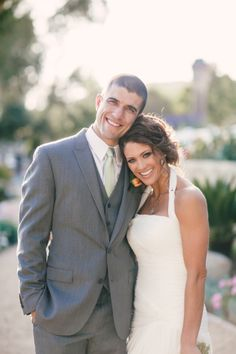 On April former WWE Diva Eve Torres married her longtime boyfriend Rener Gracie in California. The couple had been engaged since September Wwe Couples, Nxt Divas, Wwe Tna, Wedding Bells, Wedding Reception, Wedding Ideas, Beautiful Wedding Venues, Female Wrestlers, Groom Style