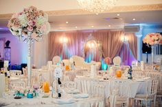 With a number of exquisite locations; from the impressive Grand Ballroom to the more intimate Drawing Room and an opulent outdoor dome, with majestic peacocks roaming the grounds, the venue offers a number of backdrops for your special day