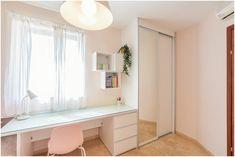 חדר לילדה בת 10  נגרות בהתאמה אישית  ארון ושולחן כתיבה