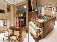 Уютный магазин женской одежды