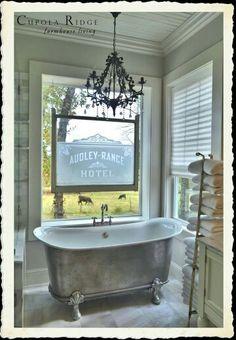 A beautiful farmhouse bathroom (Cupola Ridge - the new farmhouse) Farmhouse Design, Farmhouse Decor, Cottage Farmhouse, Farmhouse Style, Claw Bathtub, Country Baths, Pole Barn Homes, Cottage Style Homes, Houses