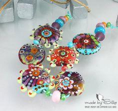Handmade lampwork beads -- free-formed -- S m i l e s F o r Y o u -- SRA -- glass set -- made by Silke Buechler