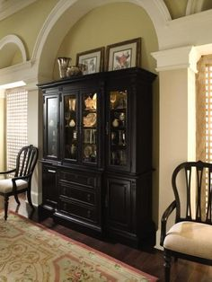 Beau Dining Room Hutch Design Ideas Interior China Cabinet Design Ideas For A  Diningroom With Black Color Complete With Glass Ornaments Inside Complete  With Some ...