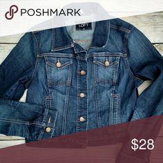 """Loft denim jacket. Size medium Like new. Size medium. Length: 17"""" Armpit to armpit: 19"""" LOFT Jackets & Coats Jean Jackets"""