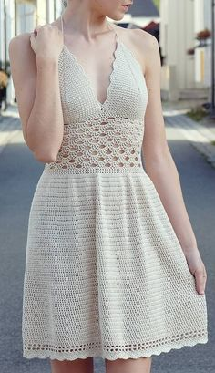 54 Cute, Unique and Awesome Crochet Dress Patterns For Women 2019 Part crochet dress pattern; crochet dress pattern for women Image gallery – Page 307863324526429148 – Artofit 💖Olha que lindo meninas! This Pin was discovered by Tat - Salvabrani Crochet Summer Dresses, Crochet Lace Dress, Crochet Bikini, Crochet Doilies, Knit Dress, Crochet Mignon, Mode Crochet, Crochet Baby, Crochet Tree