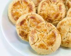 Biscuits minceur par Mon Coaching Minceur : 90g farine, 90g beurre, 3jaunes +3blancs en neige, 40g sucre, vanille ou citron