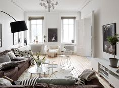 Spacious Apartment Overlooking Skansen Kronan (living room)