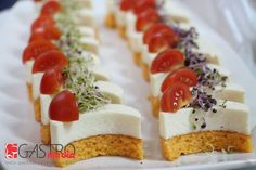 Romanian Food, Romanian Recipes, Starters, Finger Foods, Cheesecake, Food And Drink, Appetizers, Menu, Yummy Food