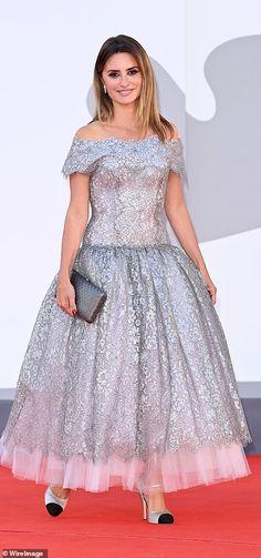 Sleek Palette, Marisa Miller, Red Carpet Gowns, Catherine Zeta Jones, Jennifer Hudson, Looks Chic, Eva Longoria, Prom Dresses, Vestidos