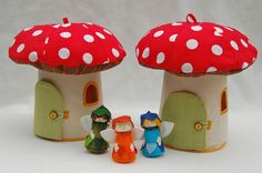 Toadstool houses...PDF pattern