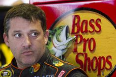 Paralyzed sprint car racer wins first race with help from Tony Stewart | News | Motorsport.com