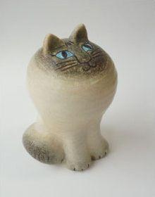 Lisa Larson's Cat Maya White