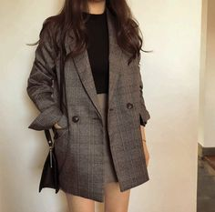 Women's check long sleeve cotton jacket coat plaid blazer Best Seller! Women's check long sleeve cotton jacket causual vintage coat plaid blazer Korean Outfits, Mode Outfits, Casual Outfits, Fashion Outfits, Womens Fashion, Blazer Fashion, Blazer Outfits, Fashion Coat, Dress Outfits