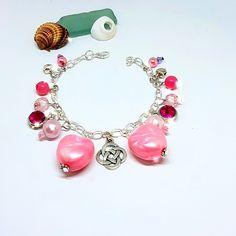 Heart Bracelet, Charm Bracelets, Beaded Bracelets, Beautiful Gifts For Her, Amazing Gifts, Handmade Accessories, Handmade Jewelry, Handmade Items, Bridesmaid Bracelet