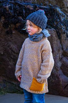 IL ÉTAIT UNE FOIS… BABAÀ - Little Teacake Toms is waiting for Lettice by the tidal pools to look at urchins. It's only early October, but the seaside winds require wooly sweaters, scarves, and hats. @tomsygrl