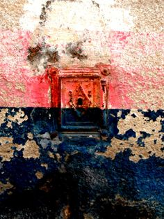 french key hole, blue and pink