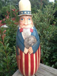 Uncle Sam Gourd holding quarter by Kim Gladfelter...Poplar Hollow Studio