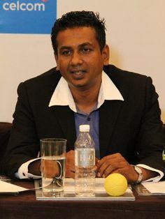 1Malaysia Tamil Film Project. Director K. Annan Joseph explaining the ideas of the film.