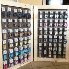 Are y'all ready for the this weekend? 🙌🏻☀️ This is the new earring display my wonderful hubs made for me. 😍 It's… Are y'all ready for the this weekend? 🙌🏻☀️ This is the new earring display my wonderful hubs made for me. 😍 It's full… Jewelry Booth, Jewelry Show, Jewelry Stand, Jewelry Armoire, Jewelry Dish, Women's Jewelry, Silver Jewelry, Vintage Jewelry, Jewelry Design