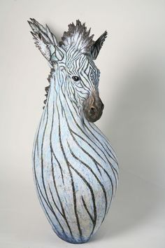artist hiroki tashiro「雪化粧」/ snowy zebra,2008,wood based sculpture