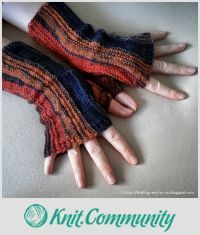 EDITOR'S CHOICE (09/18/2015) Strata Fingerless Gloves by Sybil Ra View details here: http://knit.community/creations/1055-strata-fingerless-gloves