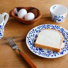 \IN STOCK NOW!/ 私たちの原点!スウェーデン・Rorstrand社のペルゴラ3アイテムが再入荷しました。 なんと1年以上ぶりです♪ #北欧暮らしの道具店 #北欧 #Rorstrand #ロールストランド #Pergola #ペルゴラ #食器