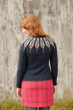 Pinion Cardigan Sweater Pattern by Christa Giles. Fair Isle Knitting, Hand Knitting, Knitting Patterns, Knitting Sweaters, Double Knitting, Knitting Projects, Icelandic Sweaters, Textiles, Wool Cardigan
