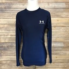 I just added this to my closet on Poshmark  Under Armour Navy Fitted Long  Sleeve Compression. Price   20 Size  L 67999ee9a
